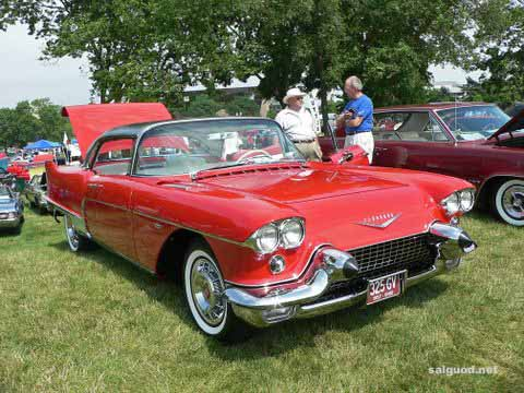 1957_cadilac_eldorado_brougham_6.jpg