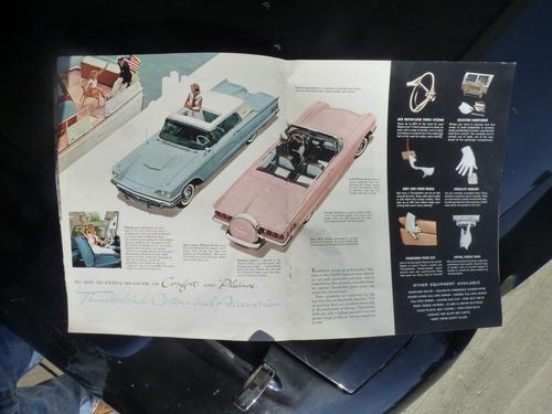 1960 Thunderbird Brochure 5-6